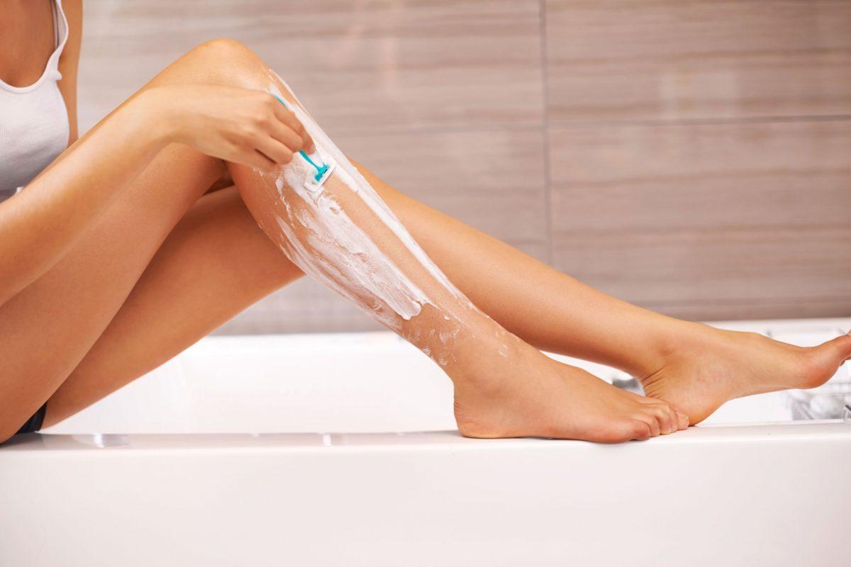 Truque - Como manter as pernas suaves muito depois de as depilarem